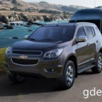 : Chevrolet Trailblazer вид спереди