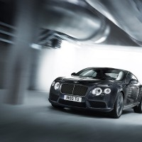 Bentley Continental GT V8 спереди: