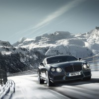 Bentley Continental GT V8 вид спереди: