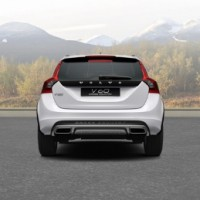 VOLVO V60 Cross Country: сзади