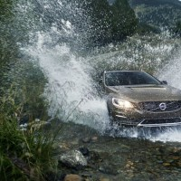 VOLVO V60 Cross Country: в дороге