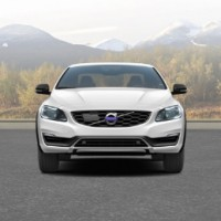 VOLVO S60 Cross Country: спереди