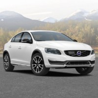 VOLVO S60 Cross Country: спереди справа